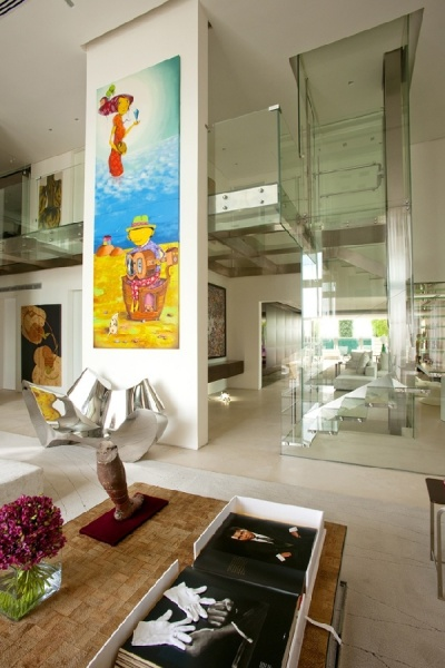 Malibu-Residence-indoor-glass-pool7