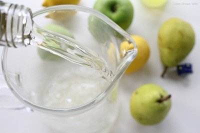 Apple-and-Pear-White-Sangria-2