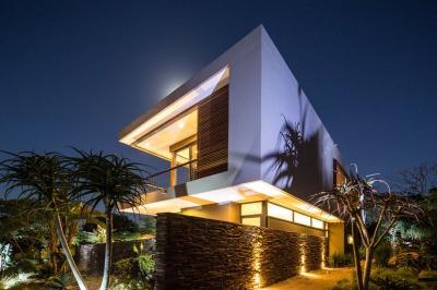 Aloe-Ridge-House-by-Metropole-Architects-2