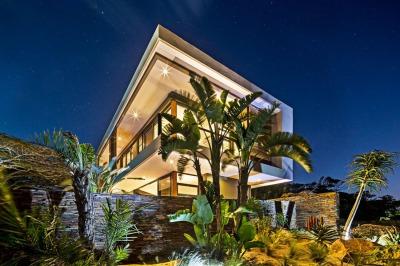 Aloe-Ridge-House-by-Metropole-Architects